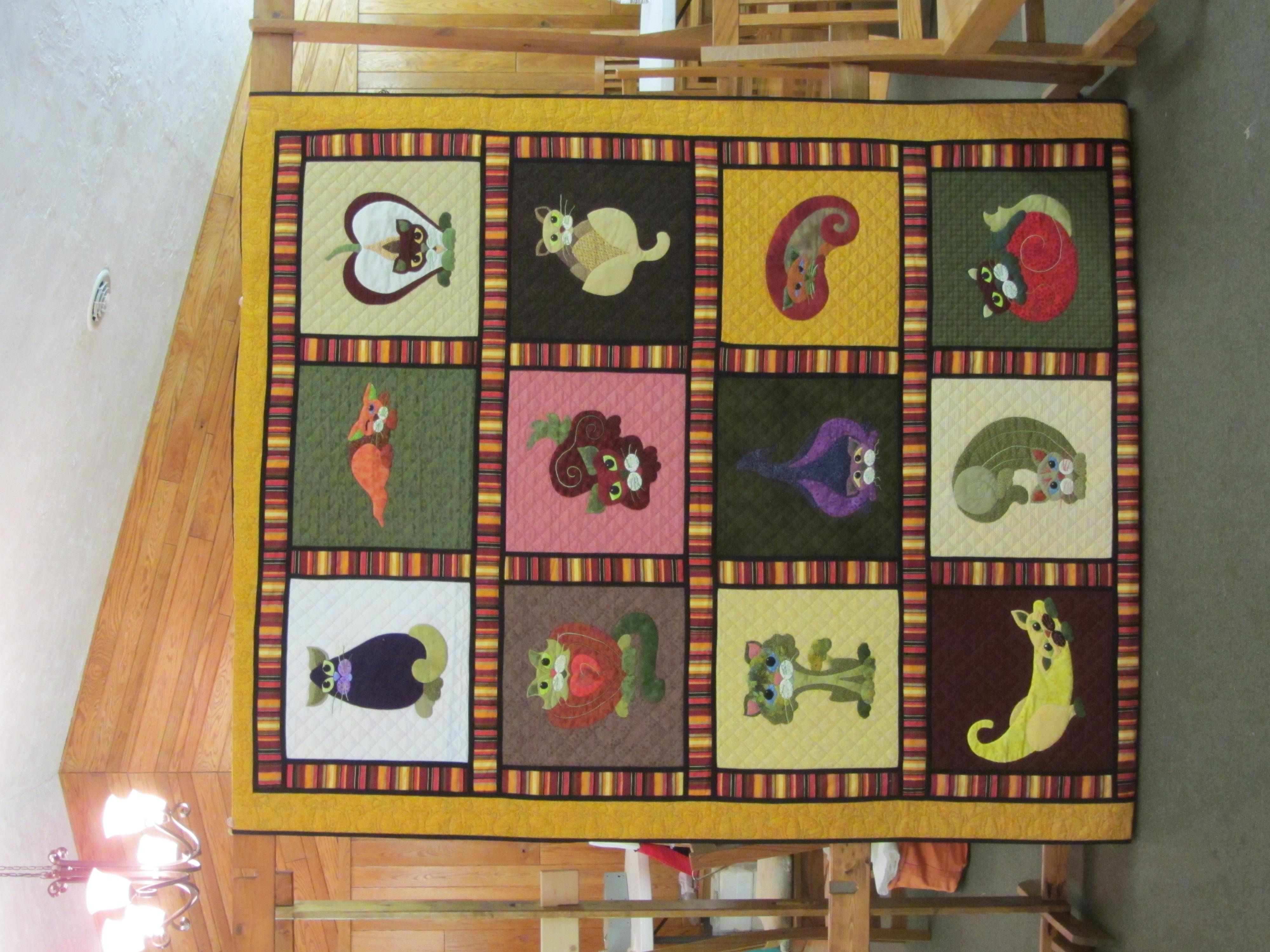 Garden Cat quilt #1